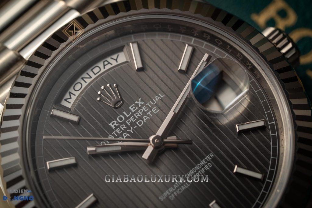 Bán đồng hồ Rolex Day-Date 228239 Mặt số Rhodium xám
